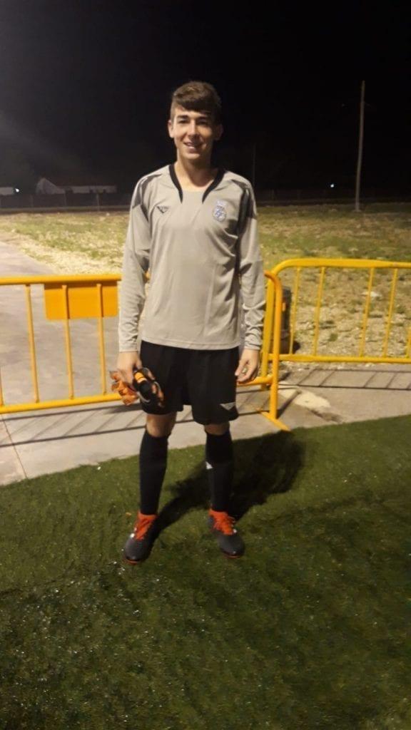 Donis Portero del Cadete B de FC Porto Dragon Force