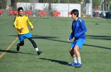 entrenamiento jugador chileno de la academia