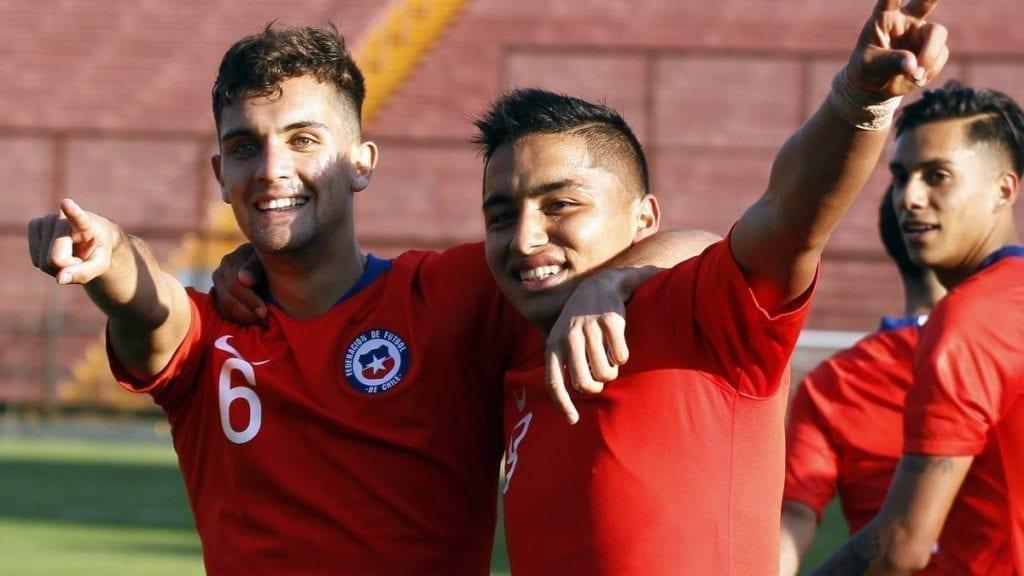 jugador chileno selección nacional