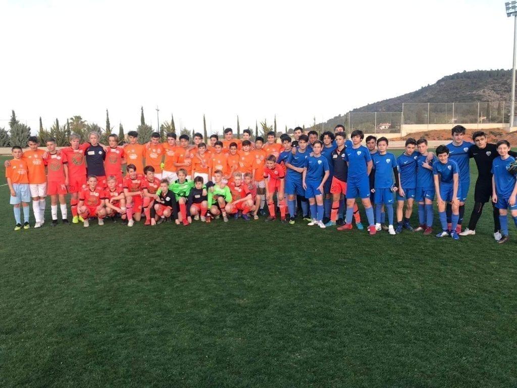 partido de futbol amistoso contra noruegos