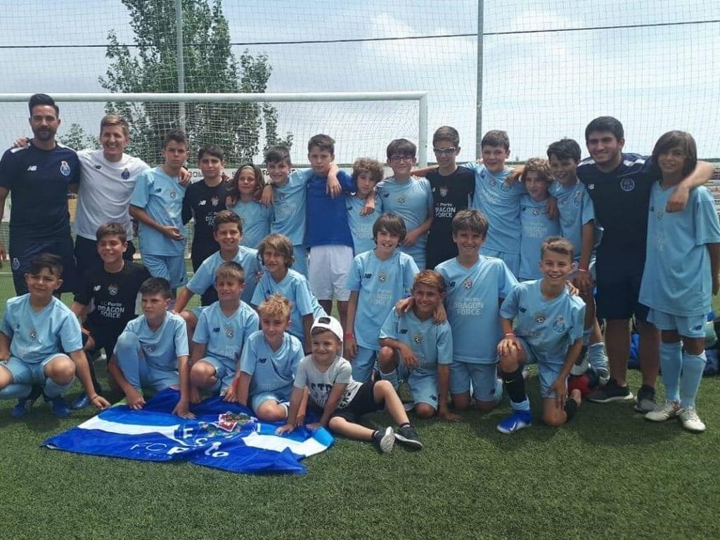 Escuela de Futbol en España en Torneo de Verano Alevin y Benjamin