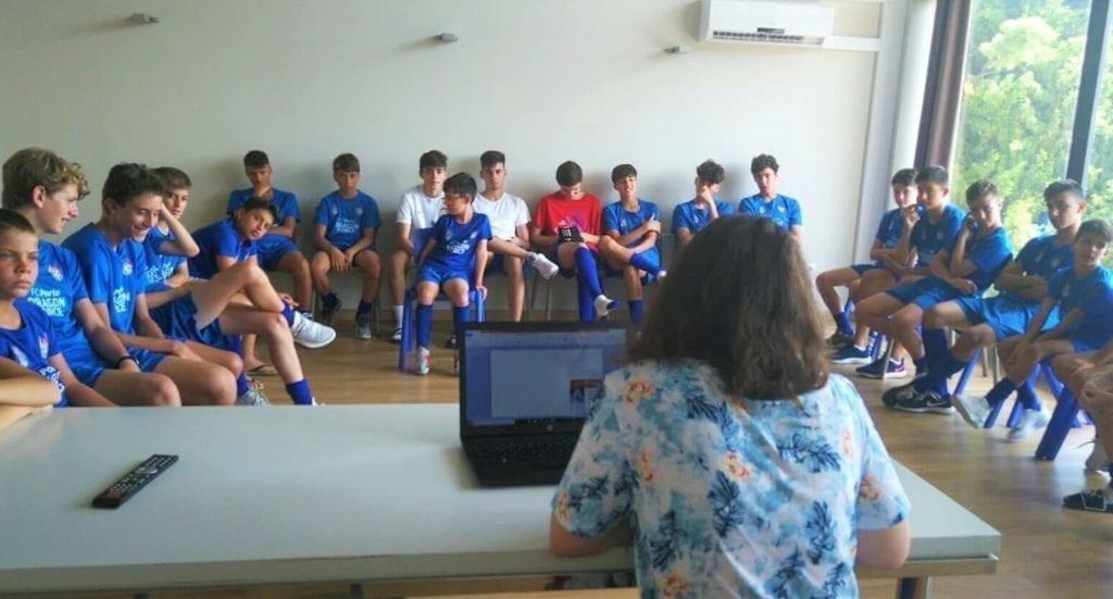 clases de idiomas campus futbol
