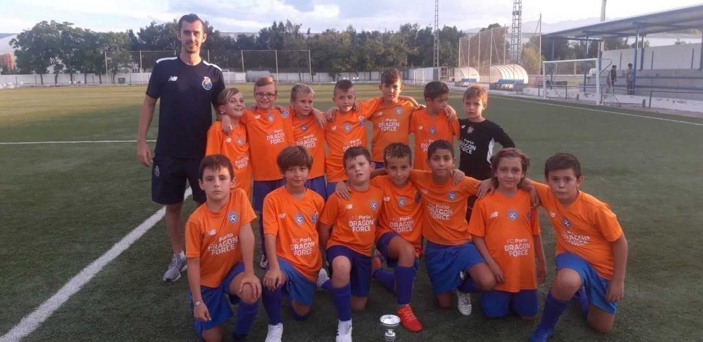 Benjamin A gana torneo de fútbol en España