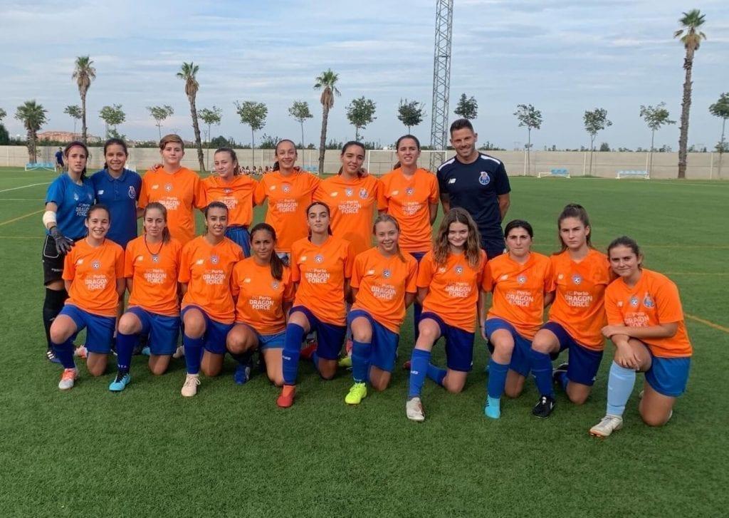 Futbol Femenino en torneo de futbol en España