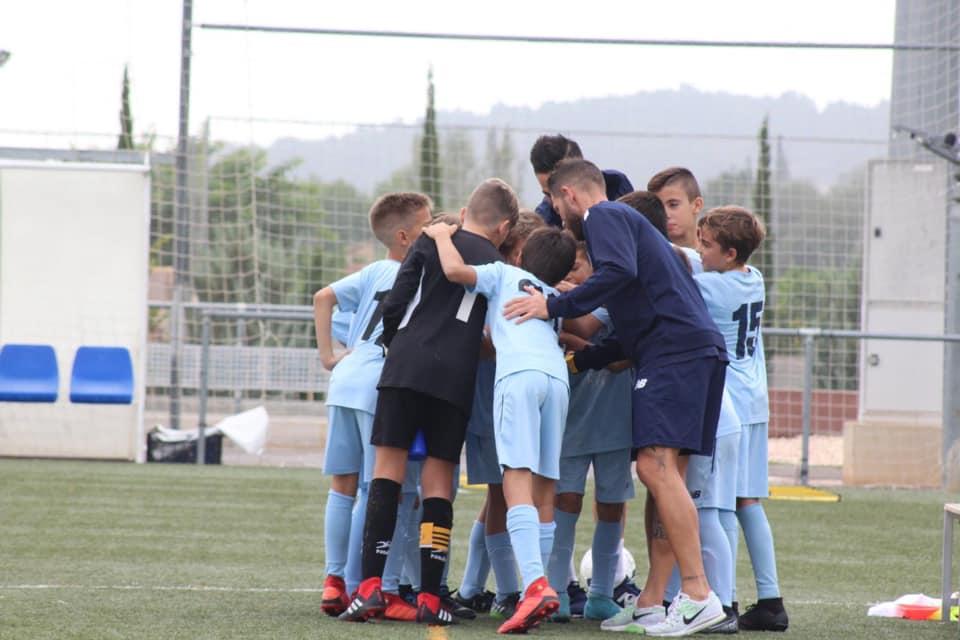 FC Porto Dragon Force en torneo de fútbol en España